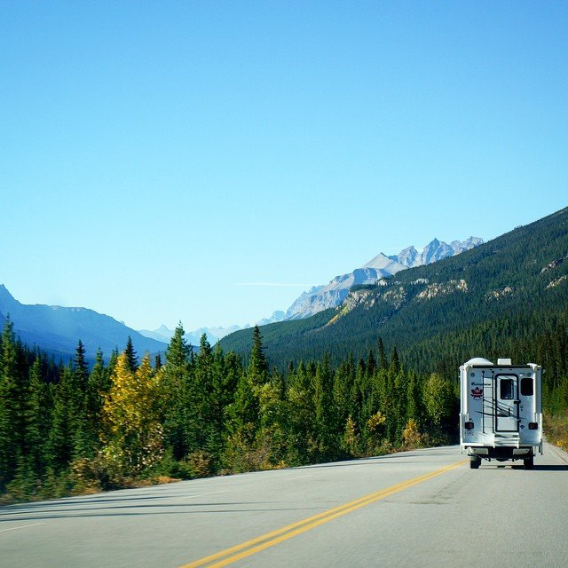 Think RV or campervan relocation deals are too good to be true? I used to think so too. Fortunately, they are 100% real and provide travellers with a cheap and epic road trip. Read today's blog entry on how! (Link on profile). #travel #roadtrip #ontheroad #rv #campervan #crosscountry #epic #travel #wanderlust #globetrotting  #thriftynomads